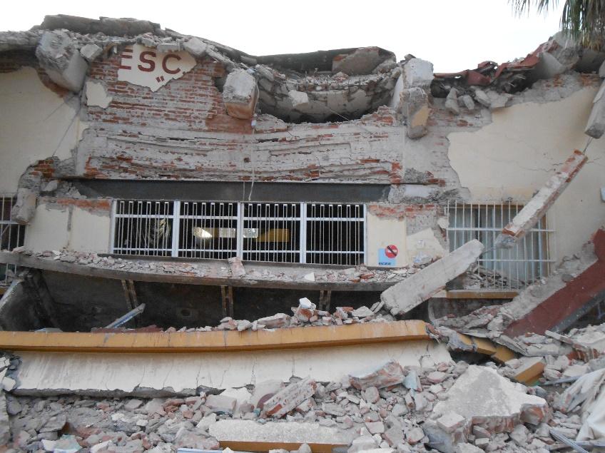 Escuela dañada por el sismo en Juchitán, Oaxaca. Fuente: CENAPRED