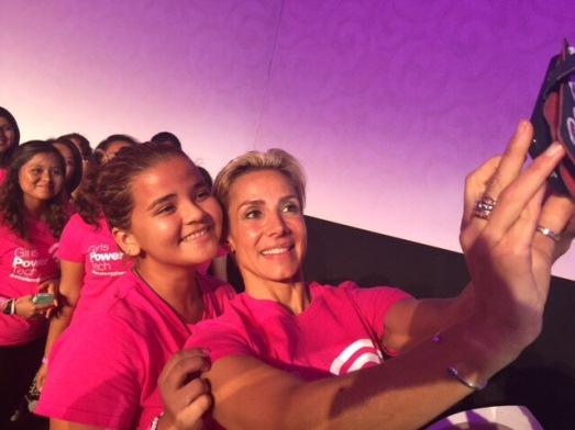 """Alejandra Lagunes en el evento """"Girls Power Tech"""""""