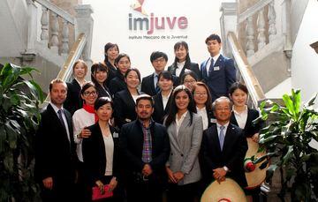 La delegación japonesa es recibida en la sede del Instituto Mexicano de la Juventud.