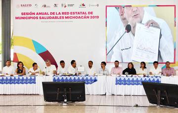 El gobernador de Michoacán presidió la Sesión Anual de la Red Estatal de Municipios Saludables