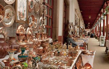 Los portales, Santa Clara del Cobre, Michoacán.