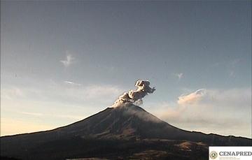 Por medio de los sistemas de monitoreo del volcán Popocatépetl se identificaron 117 exhalaciones, una explosión moderada, 709 minutos de tremor.