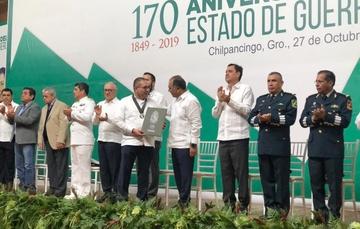 El doctor Jaime Sánchez Valente recibe el Premio Estatal al Mérito en Ciencia y Tecnología Guillermo Soberón