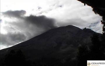 Por medio de los sistemas de monitoreo del volcán Popocatépetl se identificaron 196 exhalaciones, acompañadas de gases y en ocasiones ligeras cantidades de ceniza. Adicionalmente, se registraron 165 minutos de tremor de baja amplitud.