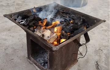 El monóxido de carbono es un gas altamente peligroso porque es una sustancia tóxica, la cual no es detectable a través de los sentidos.