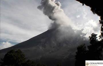 Por medio de los sistemas de monitoreo del volcán Popocatépetl, en las últimas 24 horas se identificaron 159 exhalaciones, acompañadas de vapor de agua, gases y en ocasiones bajas cantidades de ceniza.