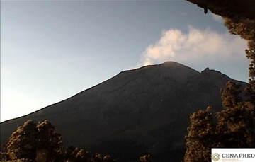 <BR><B> Diciembre 2, 11:00 h (Diciembre 2, 17:00 GMT) </B><BR><BR> Por medio de los sistemas de monitoreo del volcán Popocatépetl, en las últimas 24 horas se identificaron 187 exhalaciones, acompañadas de vapor de agua y gases