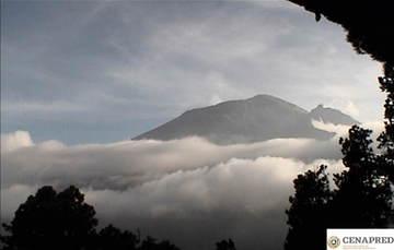 Por medio de los sistemas de monitoreo del volcán Popocatépetl se identificaron 96 exhalaciones  y un sismo volcanotectónico