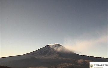 Por medio de los sistemas de monitoreo del volcán Popocatépetl se identificaron 138  y 27 minutos de tremor.