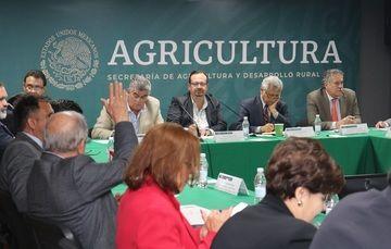 Sesiona el Consejo Nacional de la Conapesca, luego de cinco años de inactividad; permitirá estrechar el contacto entre los actores que cotidianamente trabajan en el sector: Agricultura.