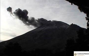 Por medio de los sistemas de monitoreo del volcán Popocatépetl se identificaron 122 exhalaciones se tuvo visibilidad parcial, sin embargo se pudo identificar emisiones con bajo contenido de ceniza, así como 43 minutos de tremor y una explosión menor.
