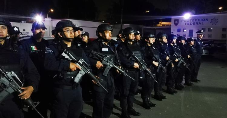 El Servicio de Protección Federal desplegó a 192 policías en los primeros minutos del primero de enero, con la finalidad de brindar seguridad en 35 instalaciones de la FGR en la Ciudad de México.