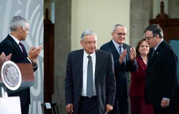 El presidente de México durante la 31 Reunión de Embajadores y Cónsules, desde Salón Tesorería en Palacio Nacional.