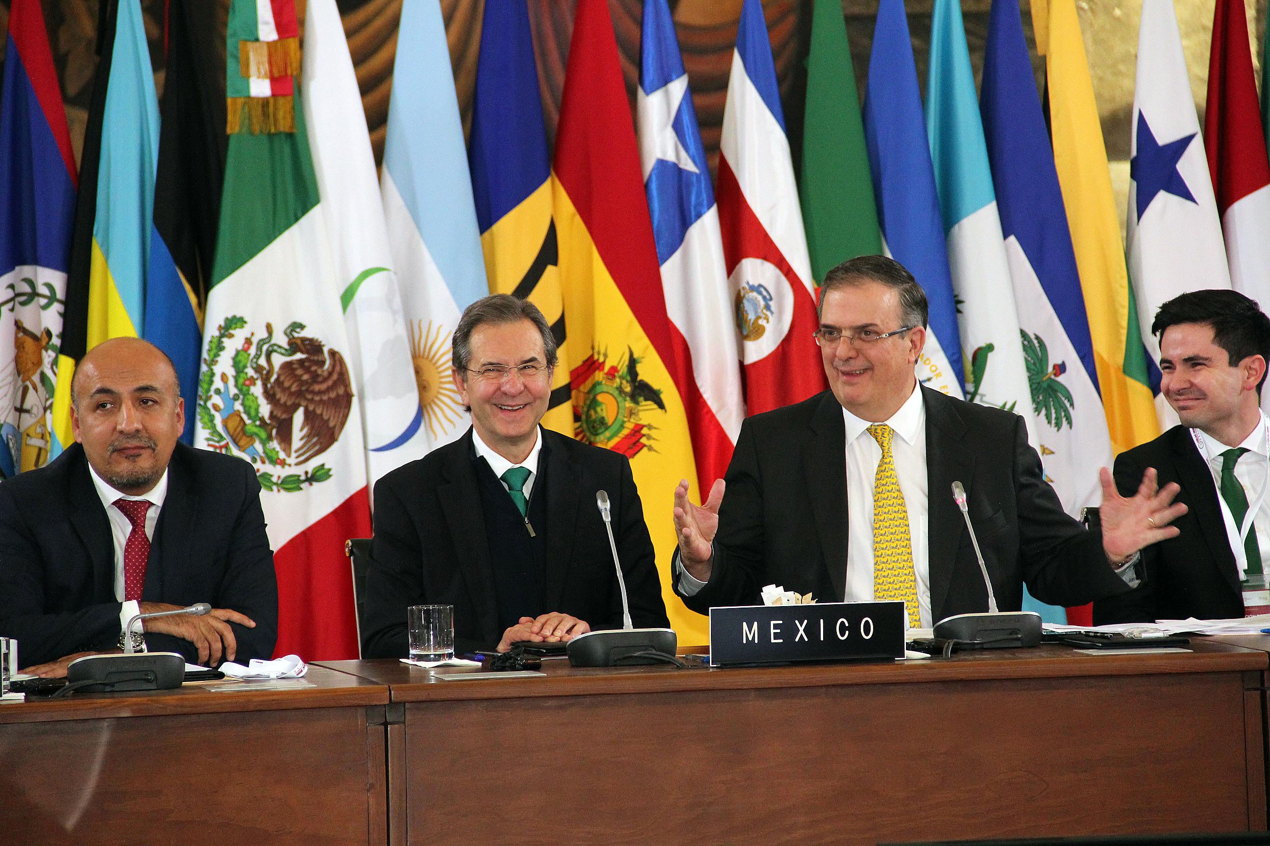 Se busca construir a través de la educación un país inclusivo, productivo y democrático: Esteban Moctezuma Barragán