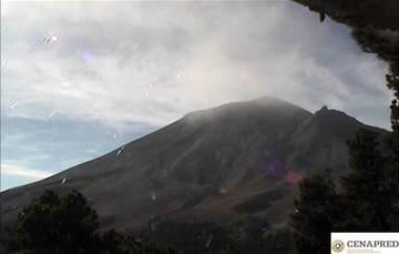 Por medio de los sistemas de monitoreo del volcán Popocatépetl se identificaron 171 exhalaciones compuestas de vapor de agua y gases volcánicos. Adicionalmente, se registraron 31 minutos de tremor.
