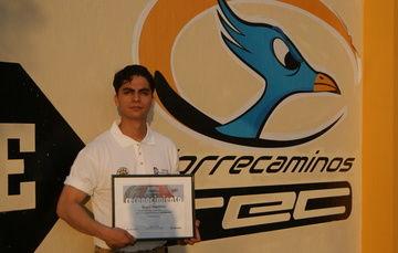 Gana tercer lugar en el 1er Concurso Nacional de Diseño Mecánico con SolidWorks.