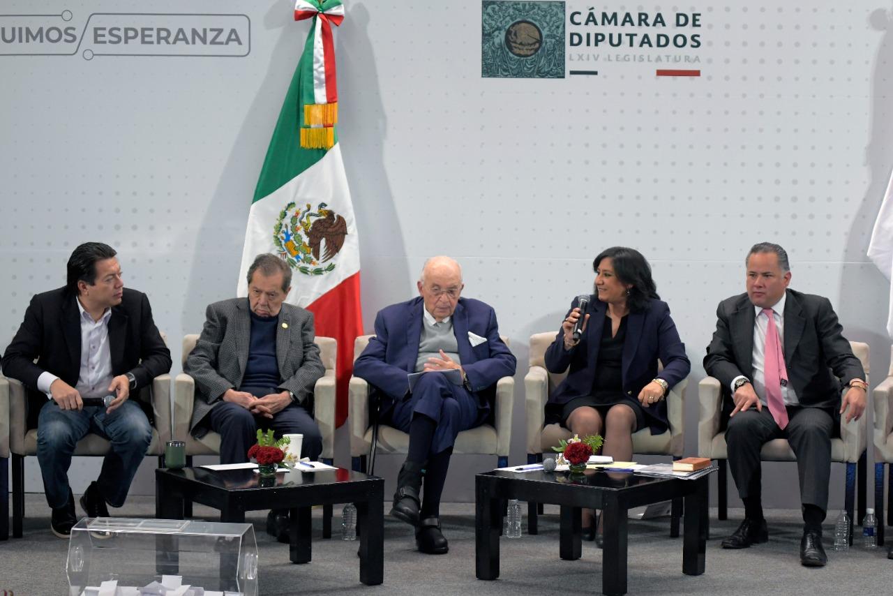 Secretaria Sandoval Ballesteros propone reformas legales contra la corrupción ante grupo parlamentario de Morena