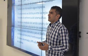 El Dr. Miguel Ramírez González del INEEL describe los paradigmas principales de la inteligencia computacional.