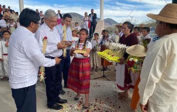 El presidente de México, Andrés Manuel López Obrador, durante su visita a Tierra Blanca, Guanajuato.