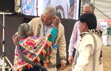 El presidente de México, Andrés Manuel López Obrador, durante el diálogo con los pueblos mazahua, otomí y población indígena migrante, desde Atlacomulco, Estado de México.