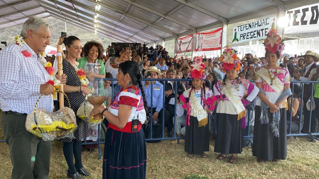 El presidente de México, Andrés Manuel López Obrador, durante el diálogo con el pueblo náhuatl y comunidades indígenas residentes, desde Milpa Alta, Ciudad de México.
