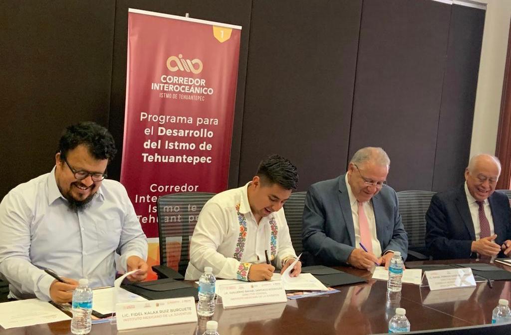 Firma de convenio entre el Imjuve y el Corredor Interoceánico del Istmo de Tehuantepec