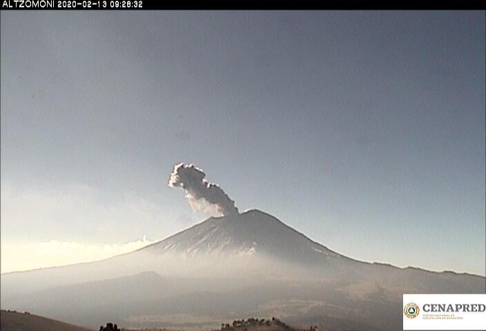 Por medio de los sistemas de monitoreo del volcán Popocatépetl se identificaron 82 exhalaciones y 401 minutos de tremor, algunos de estos eventos estuvieron acompañados por la emisión de gases y ligeras cantidades de cenizas que se dispersaron al noreste.