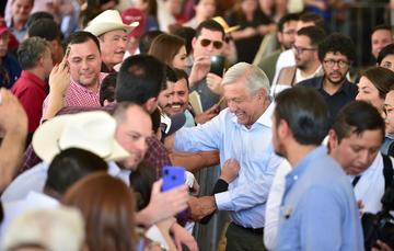 El presidente de México, Andrés Manuel López Obrador, durante la inauguración del Puente Sahuatenipa, desde Tamazula de Victoria, Durango.