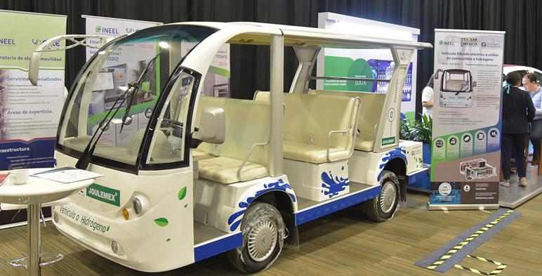 El INEEL presentó un Vehículo Híbrido Eléctrico con Celdas de Combustible a Hidrógeno.