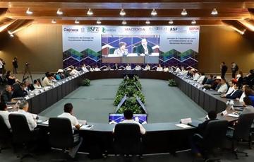 El Director General Adjunto de Financiamiento y Asistencia Técnica a Gobiernos, Antonio García Carreño, se reunió con autoridades de Oaxaca y Durango.