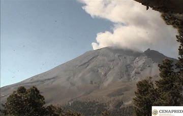 En las últimas 24 horas, mediante los sistemas de monitoreo del volcán Popocatépetl se identificaron 136 exhalaciones acompañadas de vapor de agua, gases volcánicos y ligeras cantidades de ceniza.