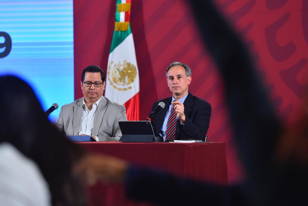 Hugo López-Gatell, subsecretario de Prevención y Promoción de la Salud y José Luis Alomía, director general de Epidemiología