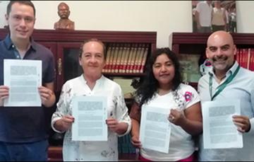 Liconsa y Ayuntamiento de Mazatepec establecen convenio para comercializar leche Frisia y UHT