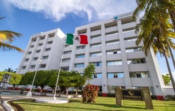 La Secretaría de Agricultura y Desarrollo Rural, por conducto de la Conapesca, ha puesto en marcha una serie de acciones tendientes a garantizar la continuidad de operaciones en los sectores productivos pesqueros y acuícolas de México.