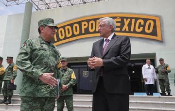 El presidente de México, Andrés Manuel López Obrador, durante la Supervisión de Infraestructura Hospitalaria Sedena-Insabi, desde Temamatla, Estado de México.