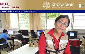 Mujeres, aportan sus conocimientos educativos
