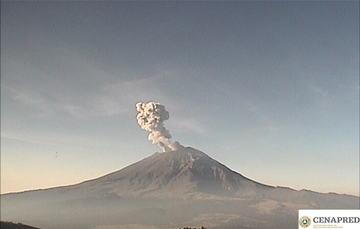 En las últimas 24 horas, mediante el sistema de monitoreo del volcán Popocatépetl se identificaron 290 exhalaciones acompañadas de vapor de agua, gases volcánicos y ligeras cantidades de ceniza.