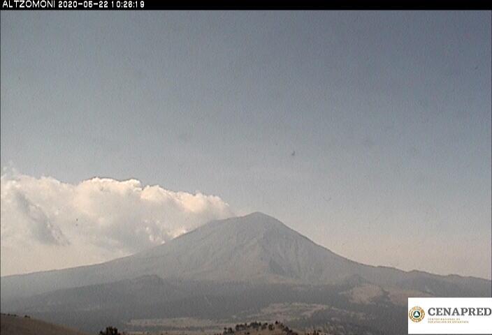 En las últimas 24 horas, mediante el sistema de monitoreo del volcán Popocatépetl se identificaron 90 exhalaciones y 1018 minutos de tremor, estos eventos fueron acompañados por la emisión de gases volcánicos y en ocasiones ligeras cantidades de ceniza.