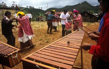 Música de marimba de los pueblos jakalteko y chuj de Chiapas.