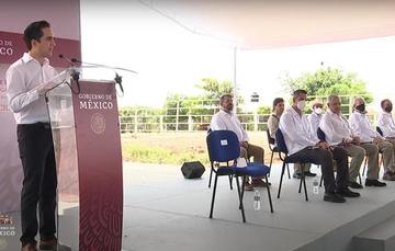 El Director General de Banobras, Jorge Mendoza Sánchez, acompañó al Presidente de México, Andrés Manuel López Obrador, en un recorrido de supervisión por esa obra que conectará la capital de Oaxaca con la costa.
