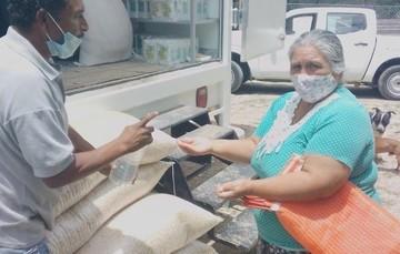 Abastecen canasta básica con tienda móvil en Querétaro; llegan a 89 los puntos de venta Diconsa-Liconsa en el estado