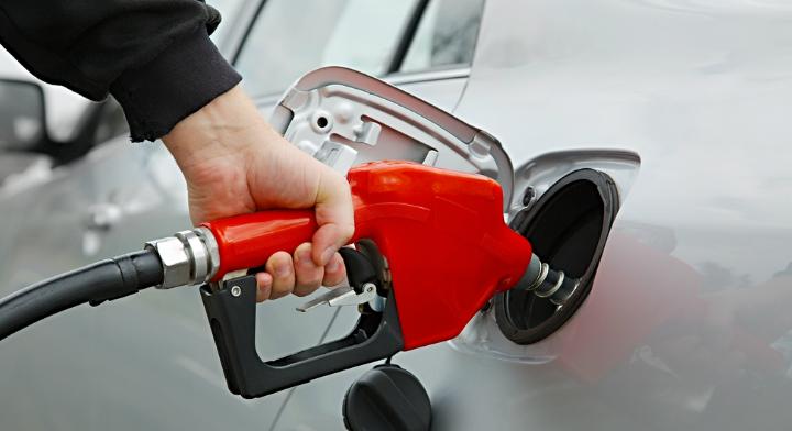 Si en el combustible diésel añadir la gasolina