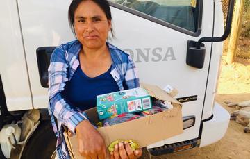 Lleva Segalmex canasta básica y leche a pueblos triquis y mixtecos de Baja California
