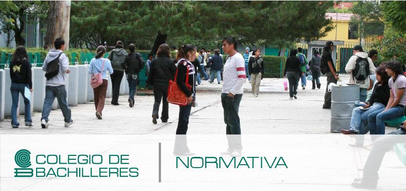 Plantel del Colegio de Bachilleres con alumnos