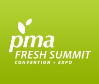 Logo Fresh Summit –Produce Marketing Association (PMA), color verde y letras blancas