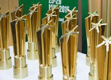 Trofeos de los Premios WSIS 2015
