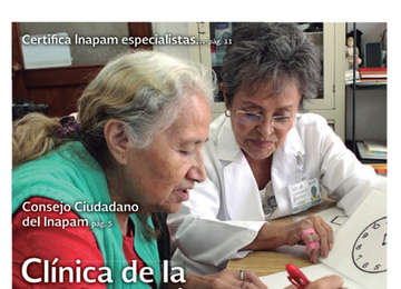 Doctora haciendo una prueba sobre deterioro cognitivo a una adulta mayor.