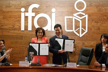 Firma de convenio PRODECON- IFAI