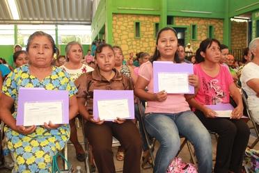 Entrega de Apoyos en Oaxaca