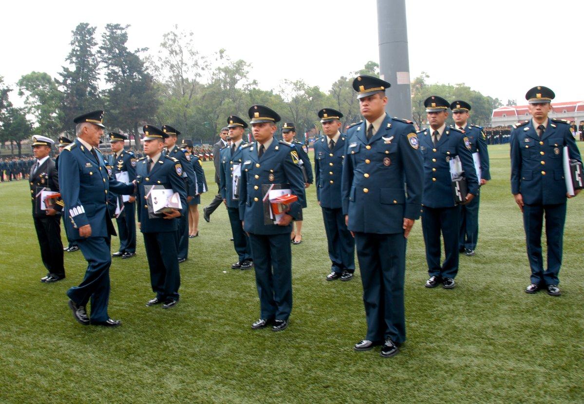 Escuela militar de ingenieros secretar a de la defensa for Escuela de ingenieros